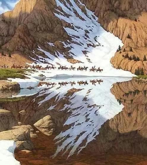 山坡上的积雪与水面倒影在一起变成一只飞翔的老鹰。